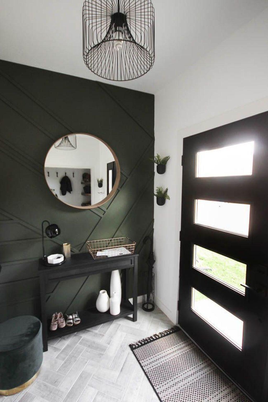Amazing Small Entryway Decor Ideas 02