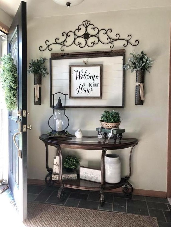 Amazing Small Entryway Decor Ideas 12