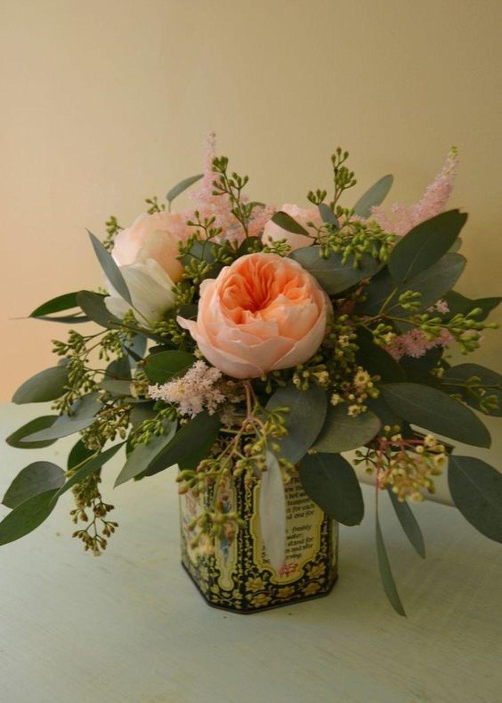 Amazing Unique Flower Arrangements Ideas For Your Home Decor 05