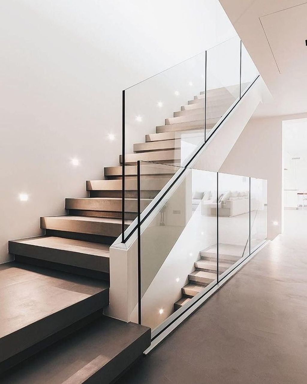 Awesome Modern Glass Railings Design Ideas For Stairs 11