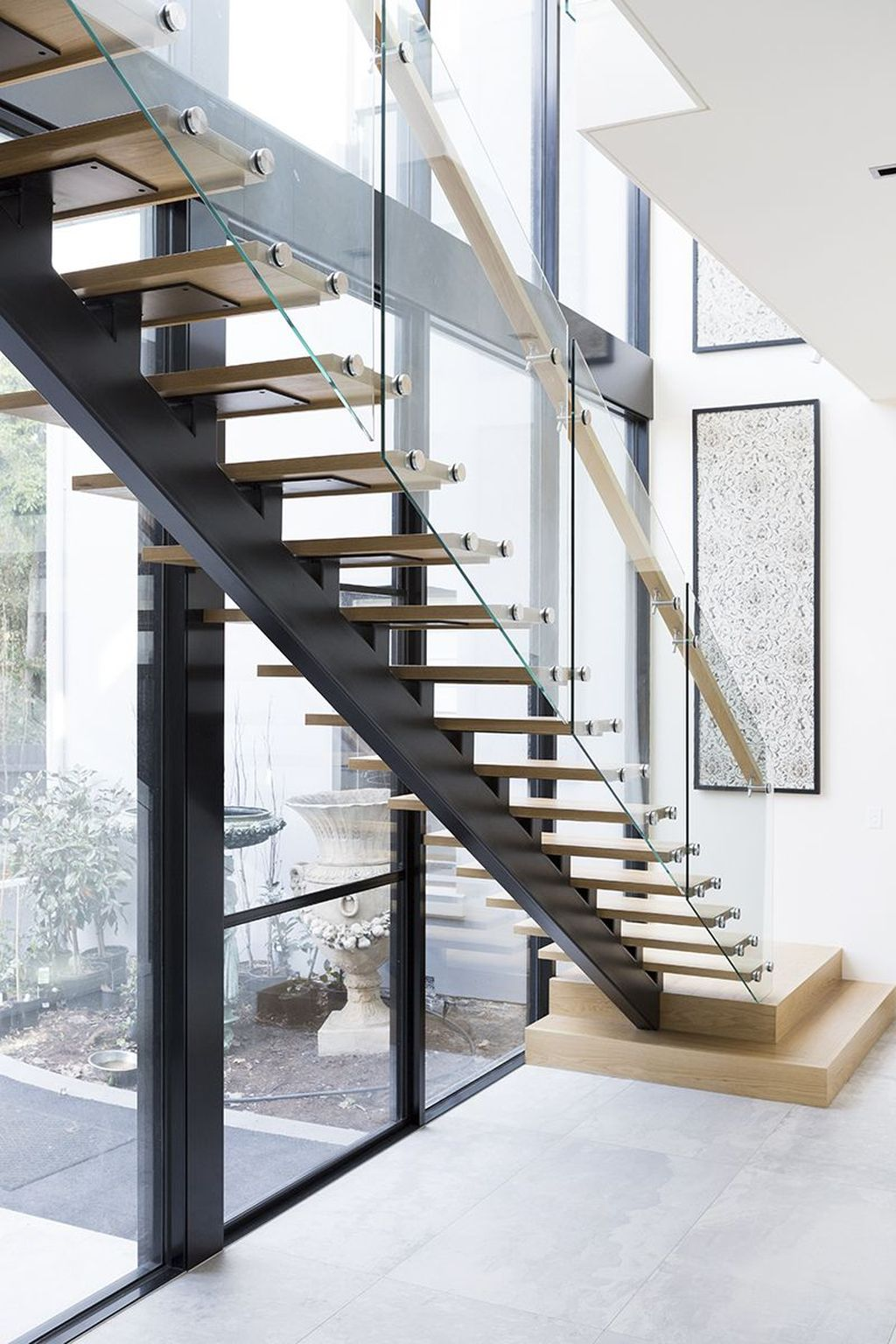Awesome Modern Glass Railings Design Ideas For Stairs 22
