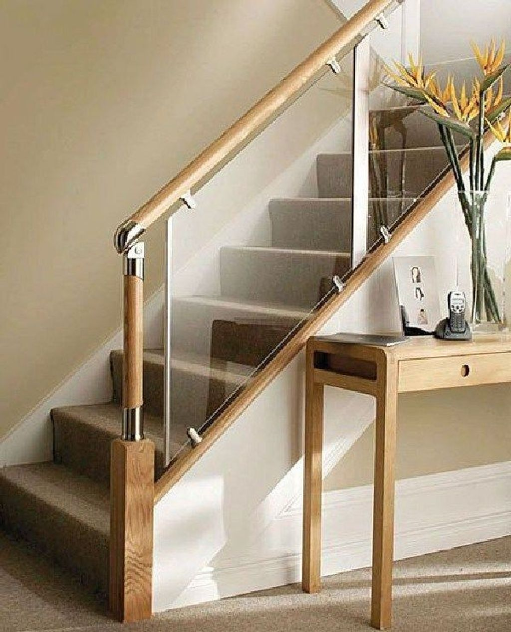 Awesome Modern Glass Railings Design Ideas For Stairs 31