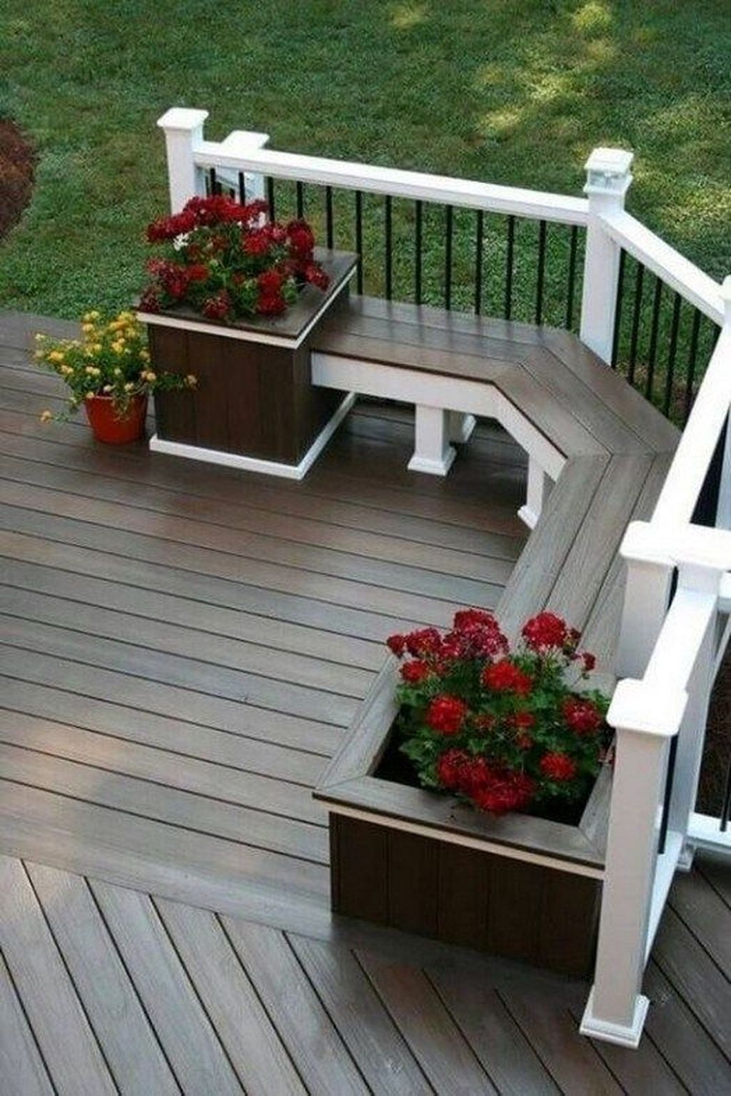 Awesome Outstanding Backyards Design Ideas 20