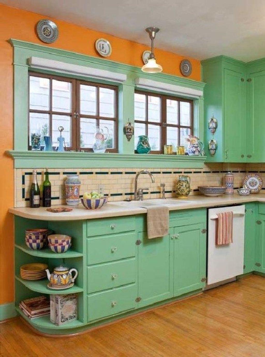 Awesome Retro Kitchen Design Ideas 17