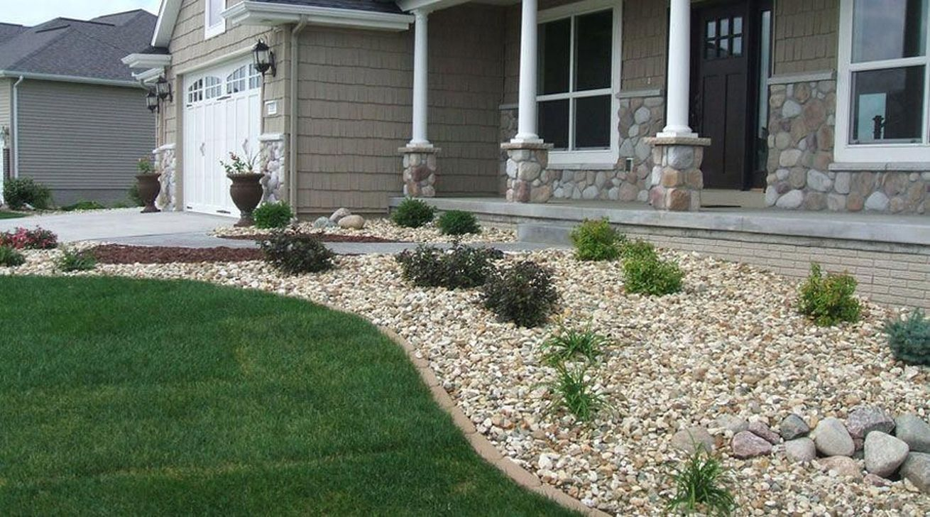 Awesome River Rock Landscaping Ideas 04