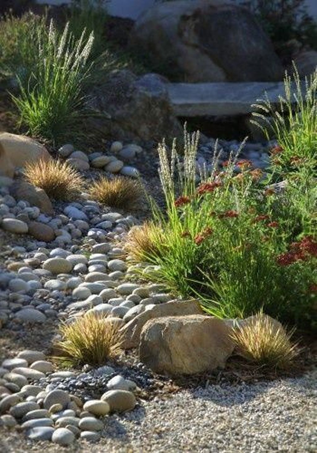 Awesome River Rock Landscaping Ideas 16