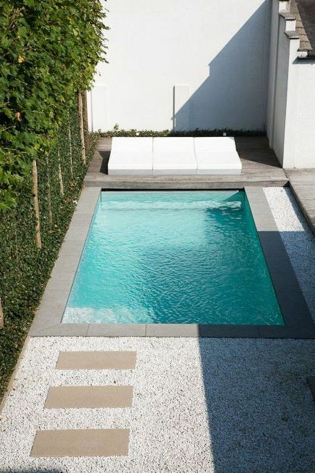 Awesome Small Pools Design Ideas For Beautiful Backyard Landscape 06