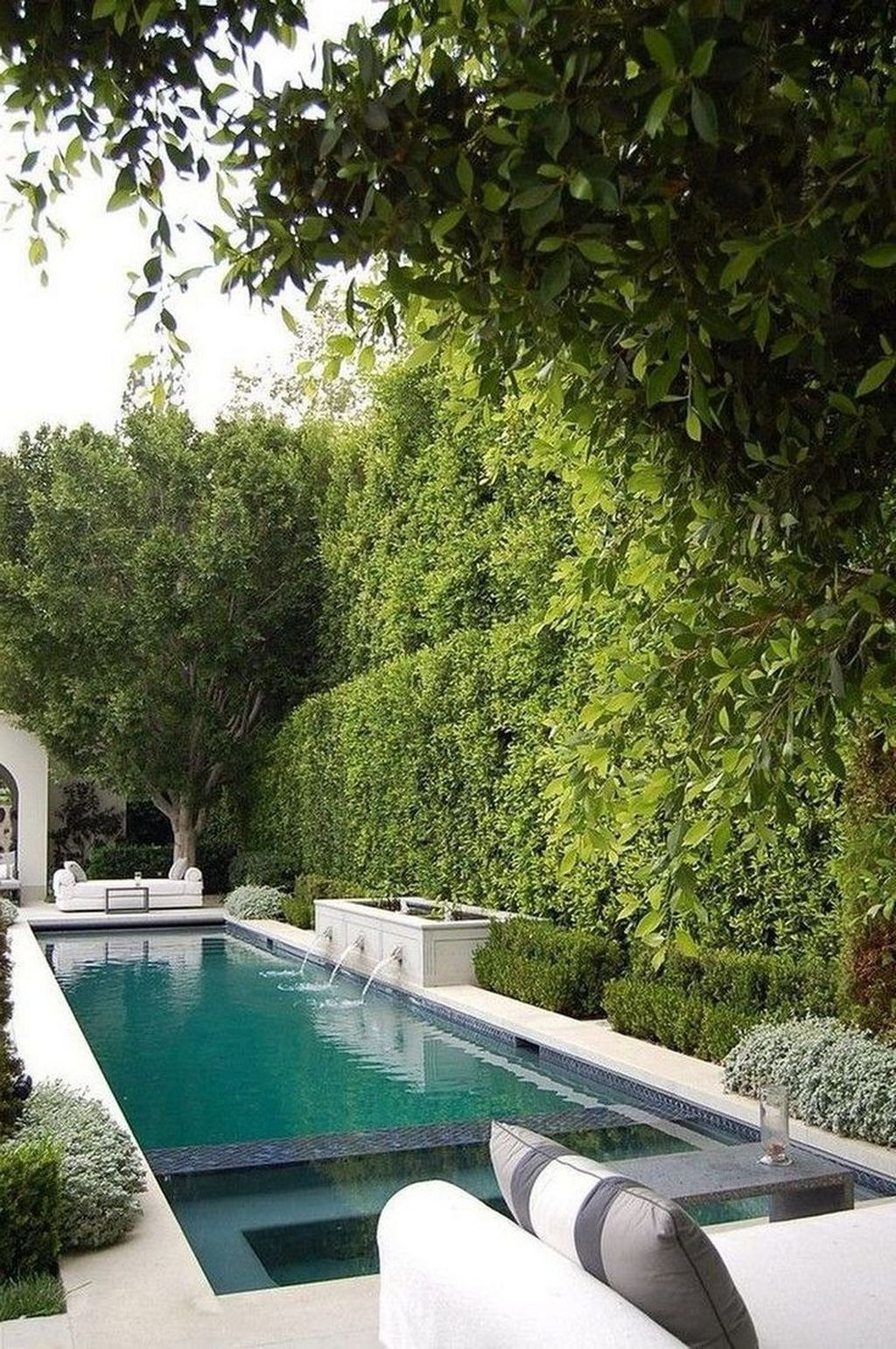Awesome Small Pools Design Ideas For Beautiful Backyard Landscape 21