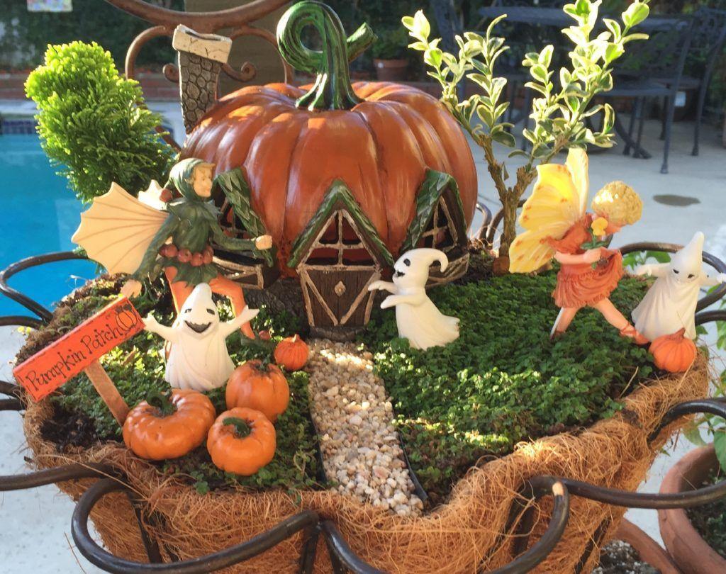 Beautiful Fall Fairy Garden Design Ideas 05