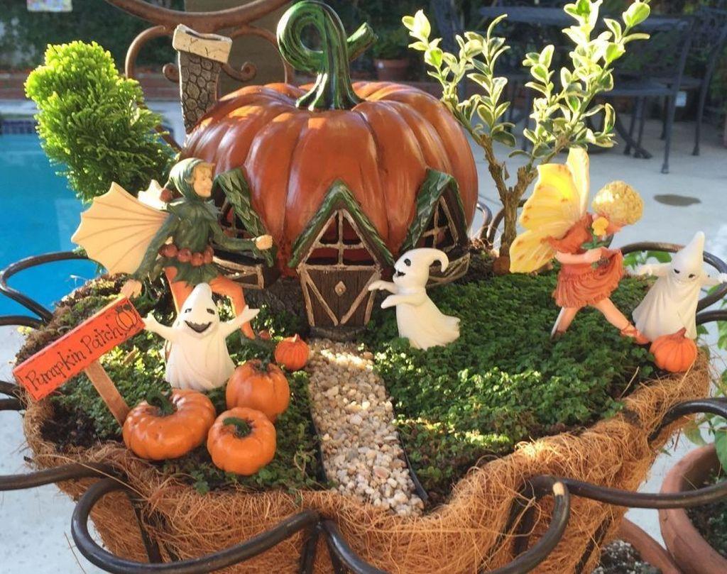 Beautiful Fall Fairy Garden Design Ideas 24