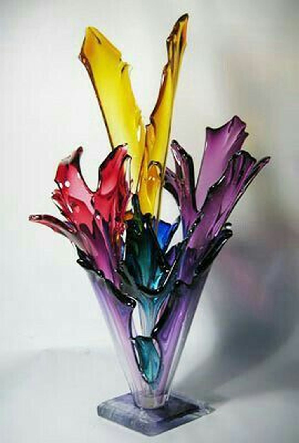 Beautiful Glass Crystal Ideas For Lovely Home Decor 17