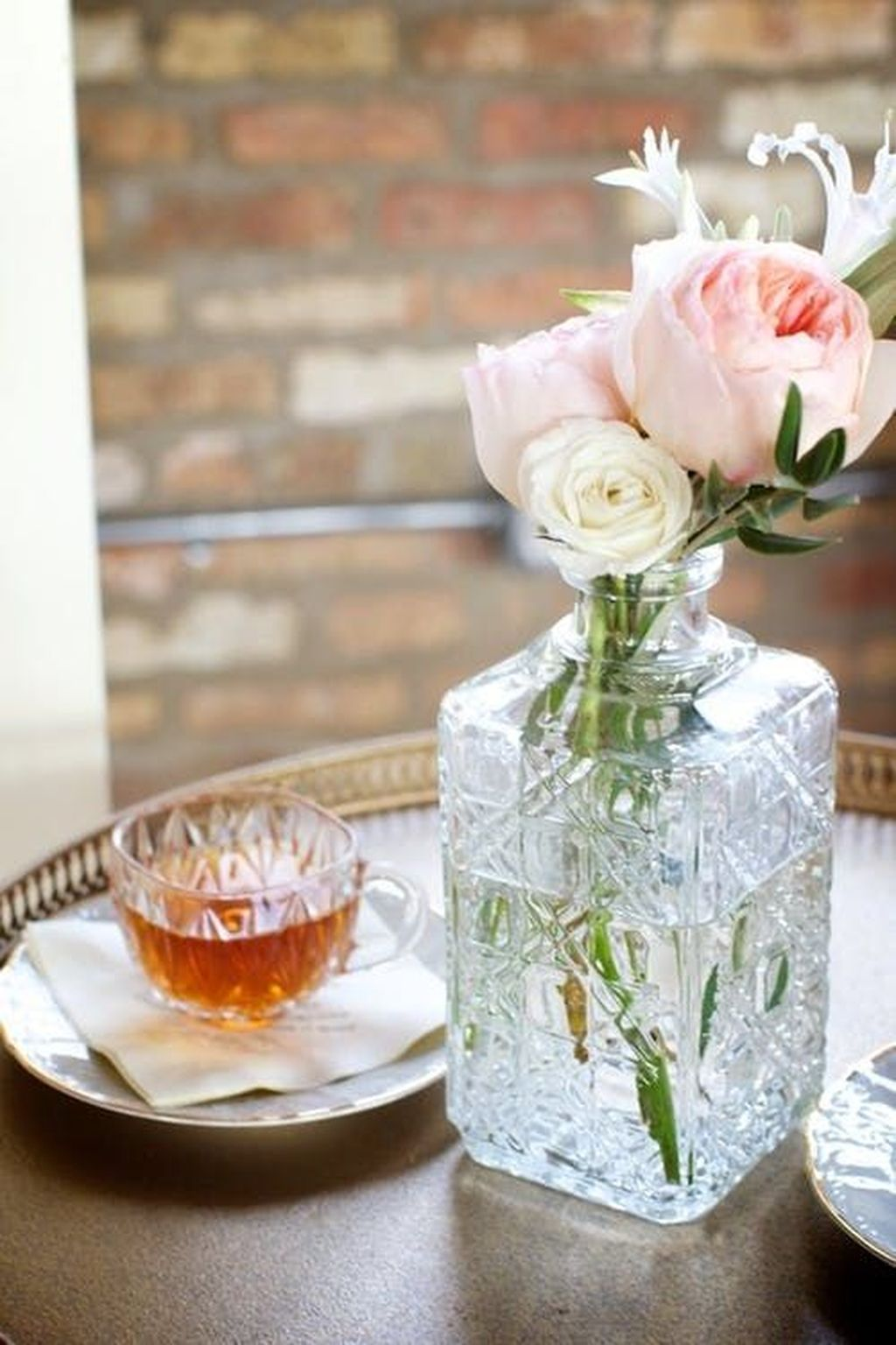Beautiful Glass Crystal Ideas For Lovely Home Decor 27
