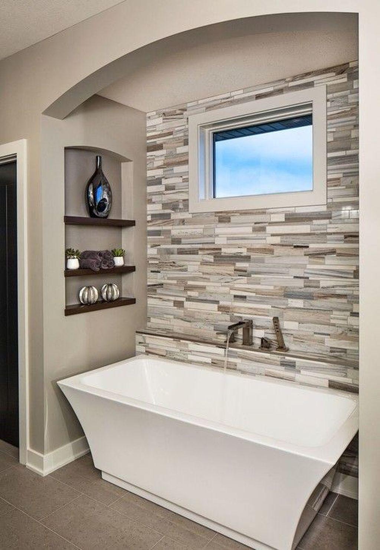 Beautiful Master Bathroom Design Ideas 27