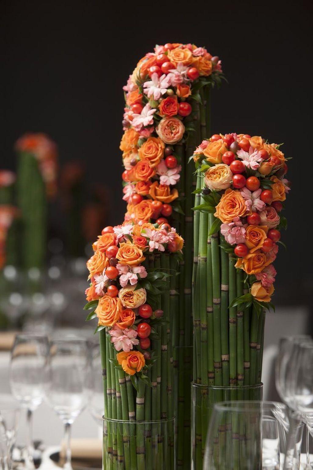 Beautiful Modern Flower Arrangements Design Ideas 04