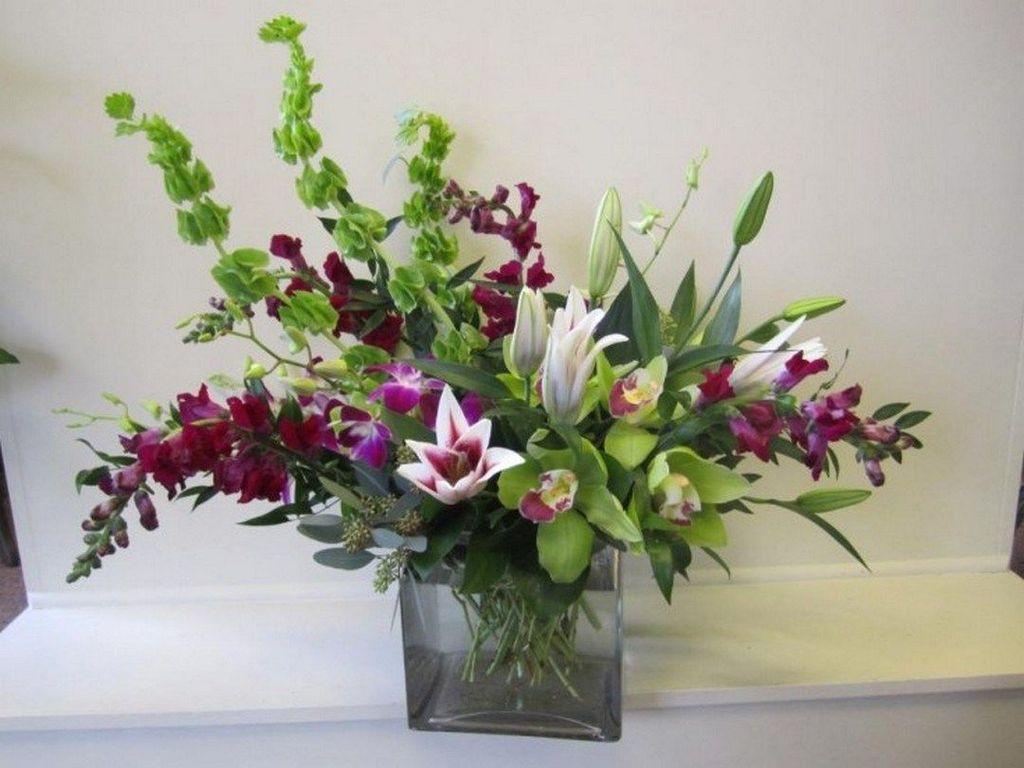 Beautiful Modern Flower Arrangements Design Ideas 19