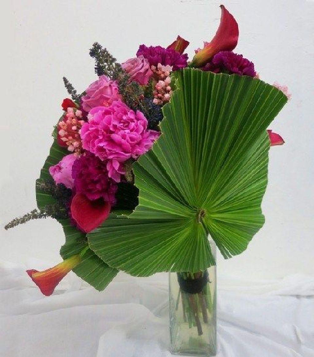 Beautiful Modern Flower Arrangements Design Ideas 22