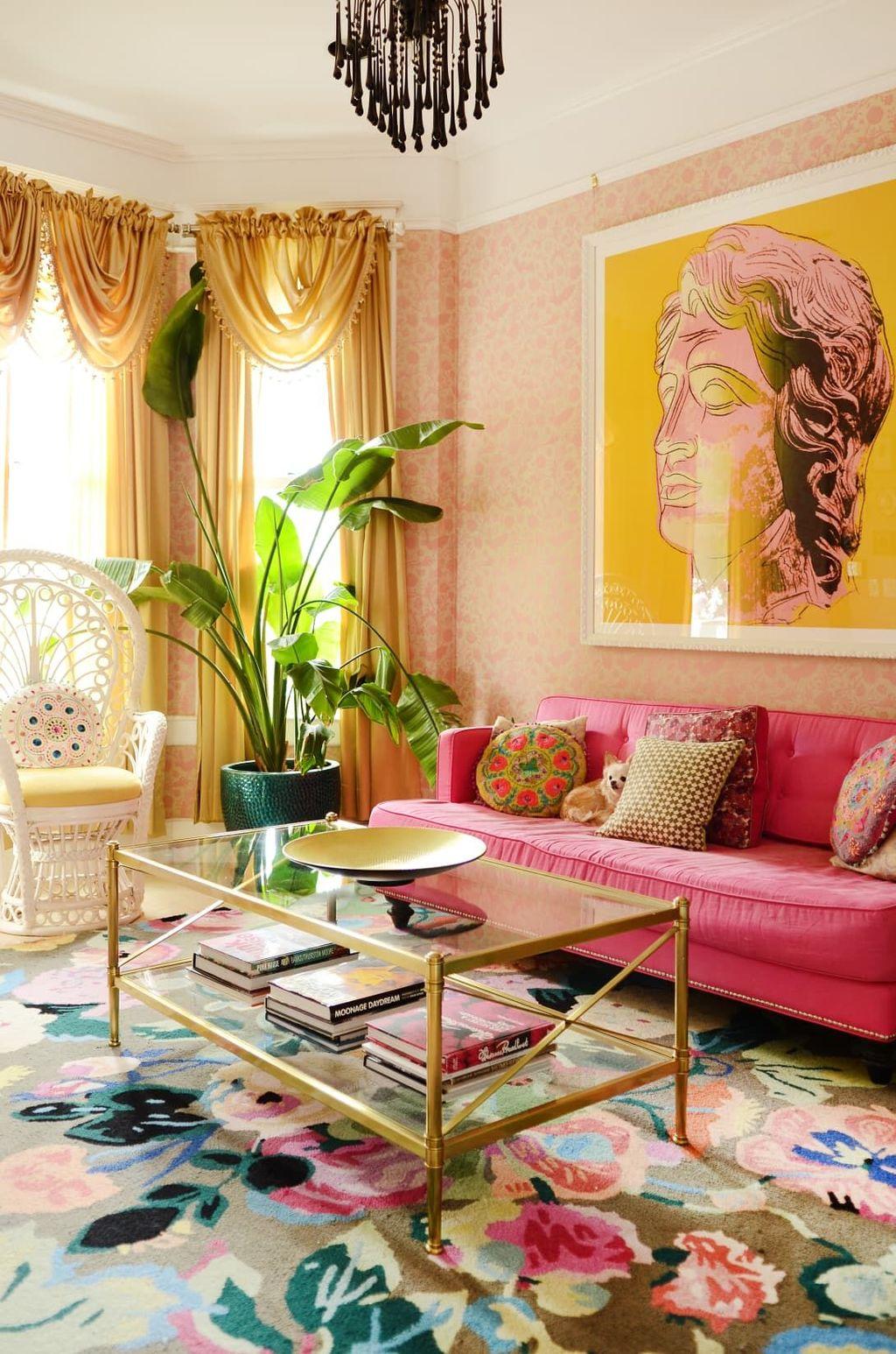 Fabulous Colorful Apartment Decor Ideas 13