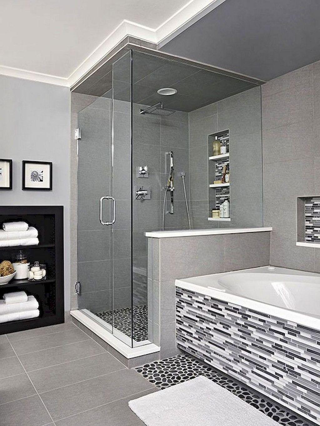 Fabulous Modern Master Bathroom Design Ideas 28