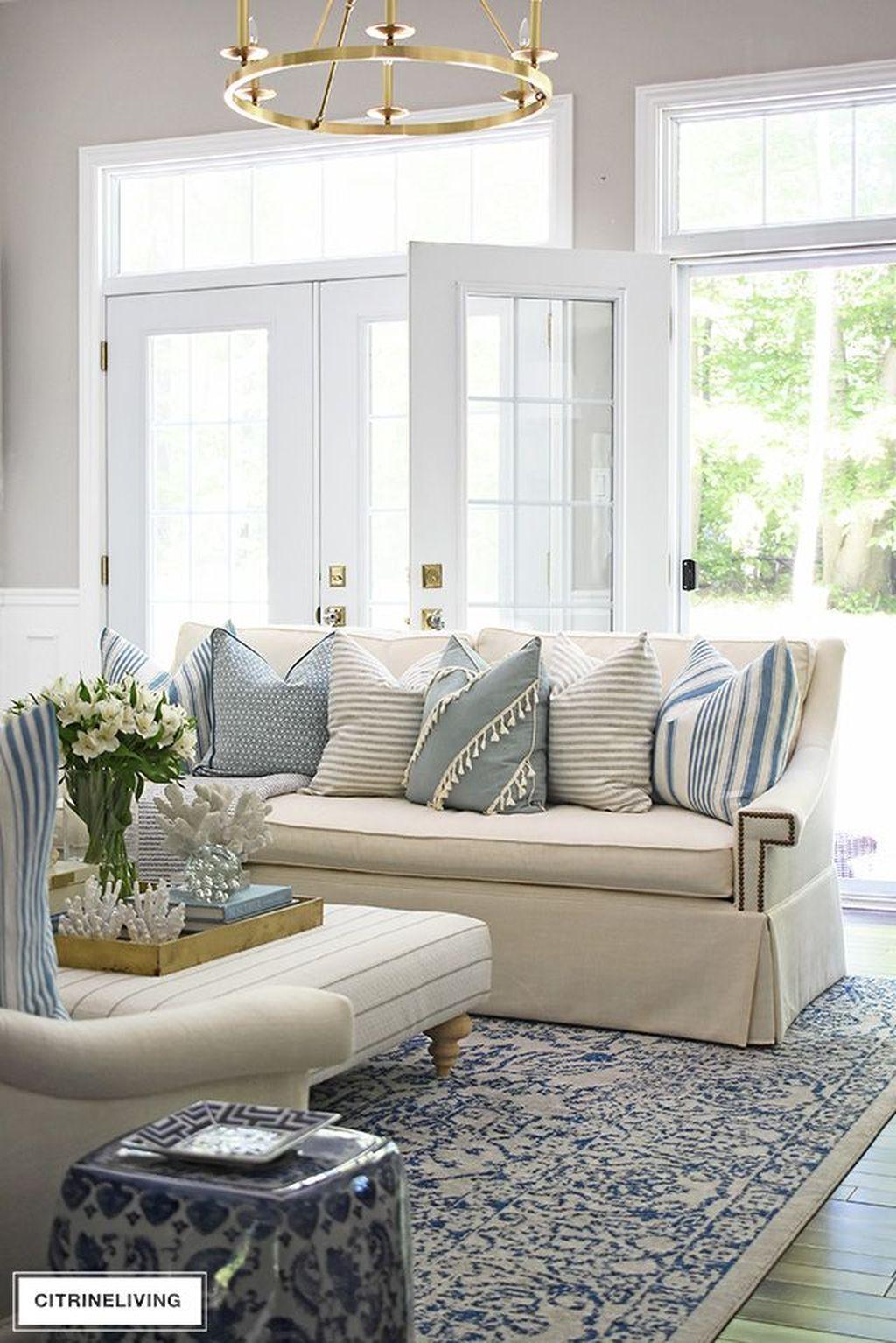 Fabulous Summer Living Room Decor Ideas 18