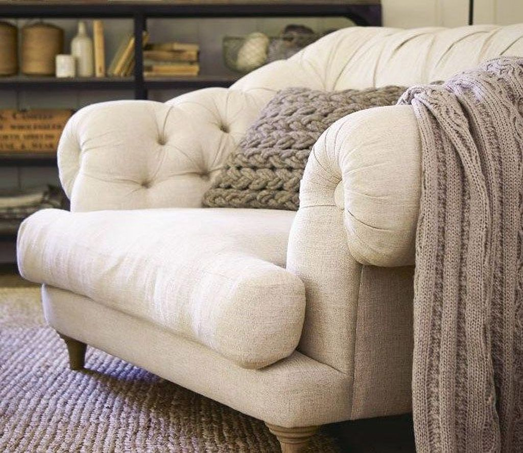 Gorgeous Comfy Chairs Design Ideas For Cozy Living Room 10
