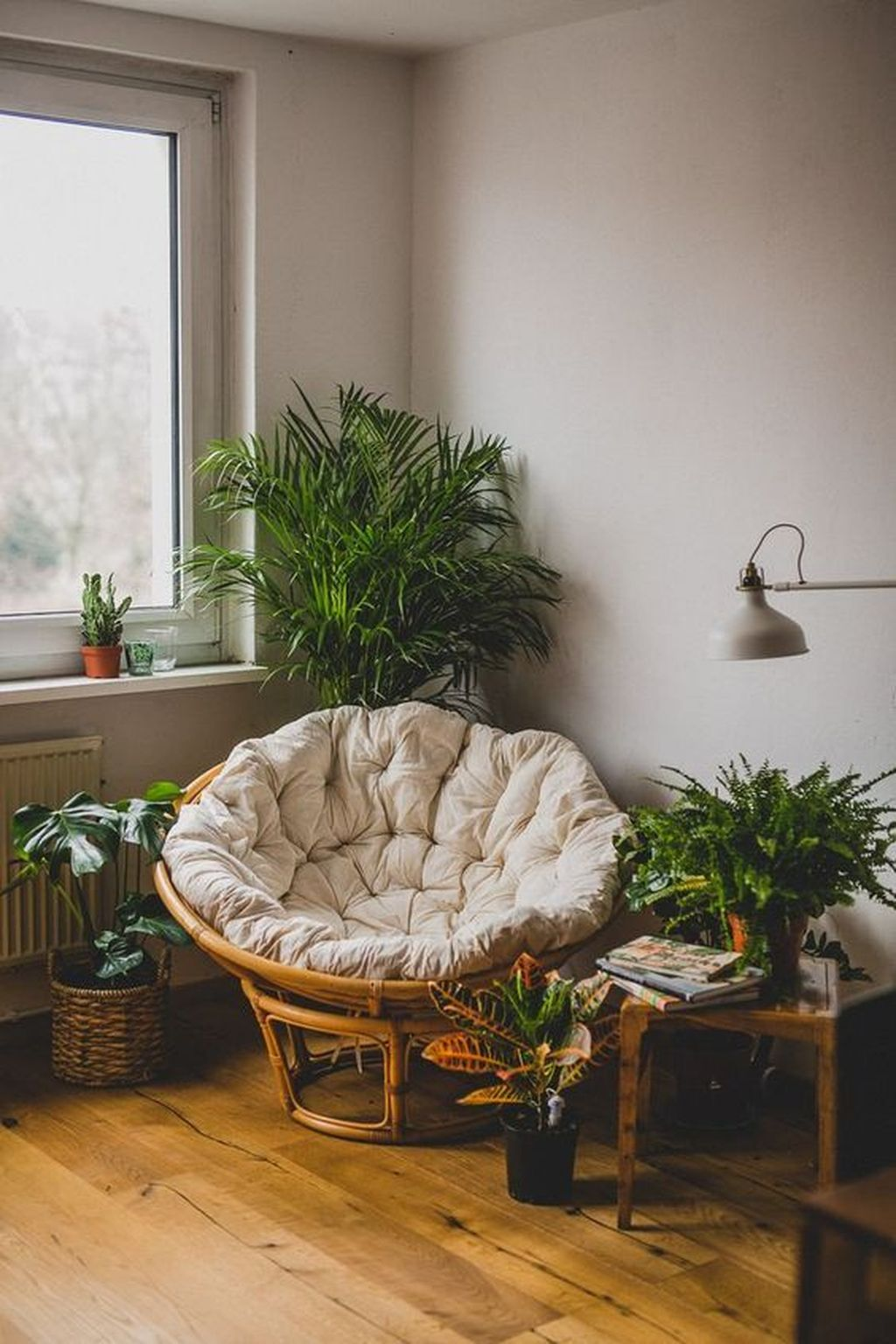 Gorgeous Comfy Chairs Design Ideas For Cozy Living Room 24