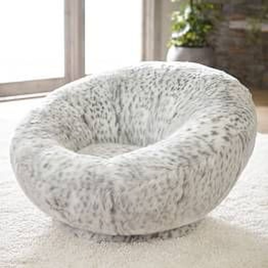 Gorgeous Comfy Chairs Design Ideas For Cozy Living Room 27