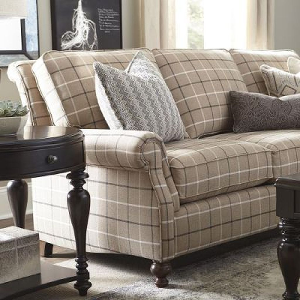 Gorgeous Comfy Chairs Design Ideas For Cozy Living Room 28