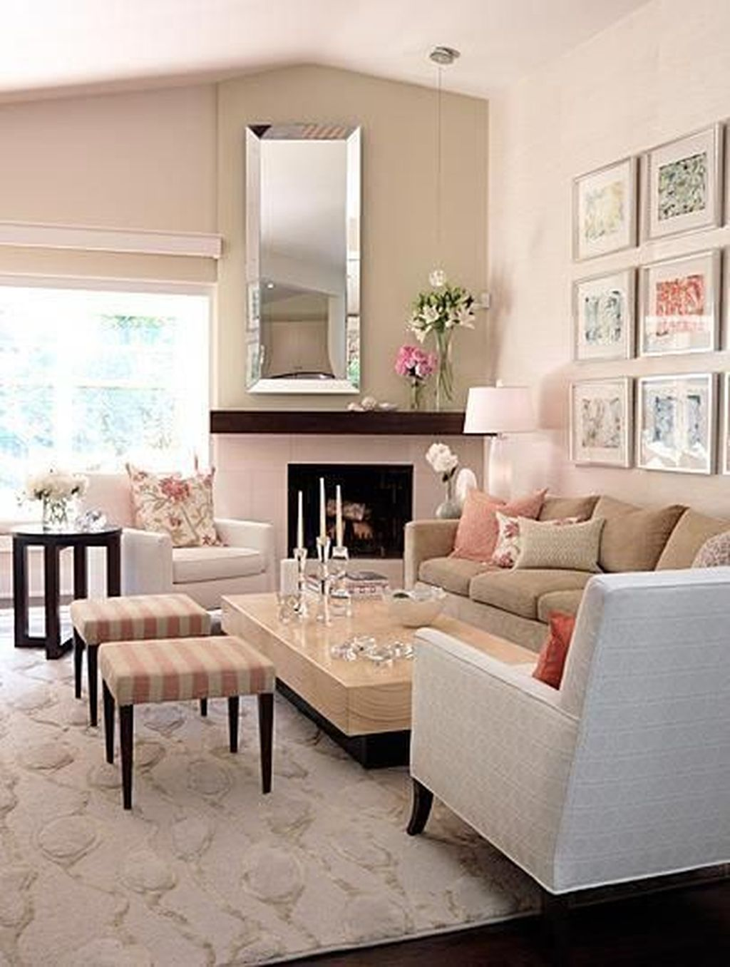 Gorgeous Pink Accent Living Room Decorating Ideas 28