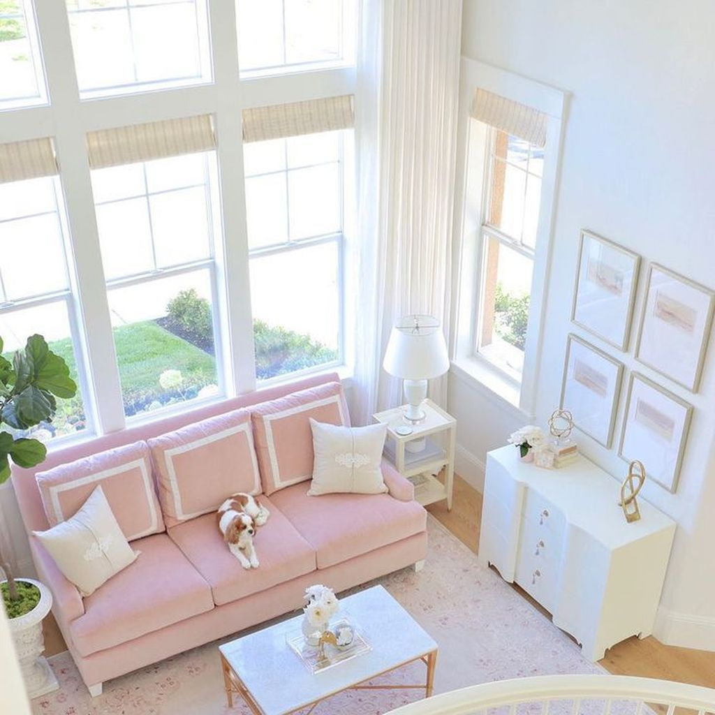 Gorgeous Pink Accent Living Room Decorating Ideas 29