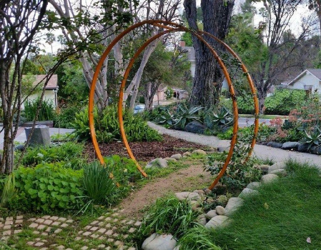 Incredible Heavenly Moon Gate Design Ideas 15