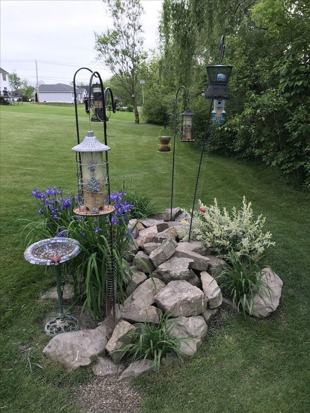 Inspiring Bird Bath Design Ideas For Front Yard 31