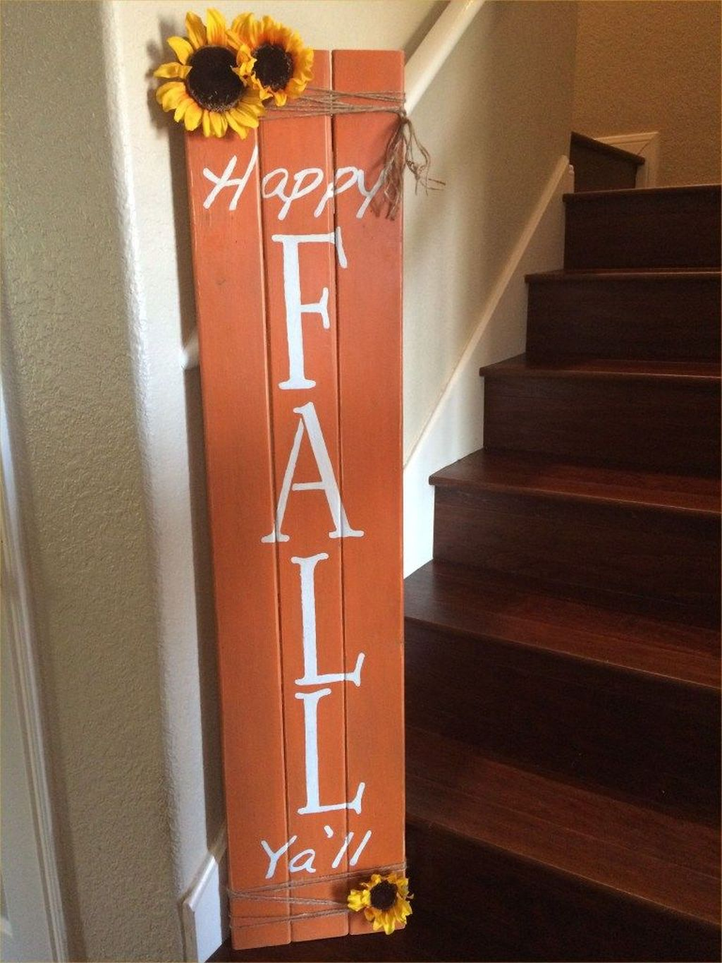 Inspiring Fall Pallet Signs Design Ideas For Your Home Decor 16