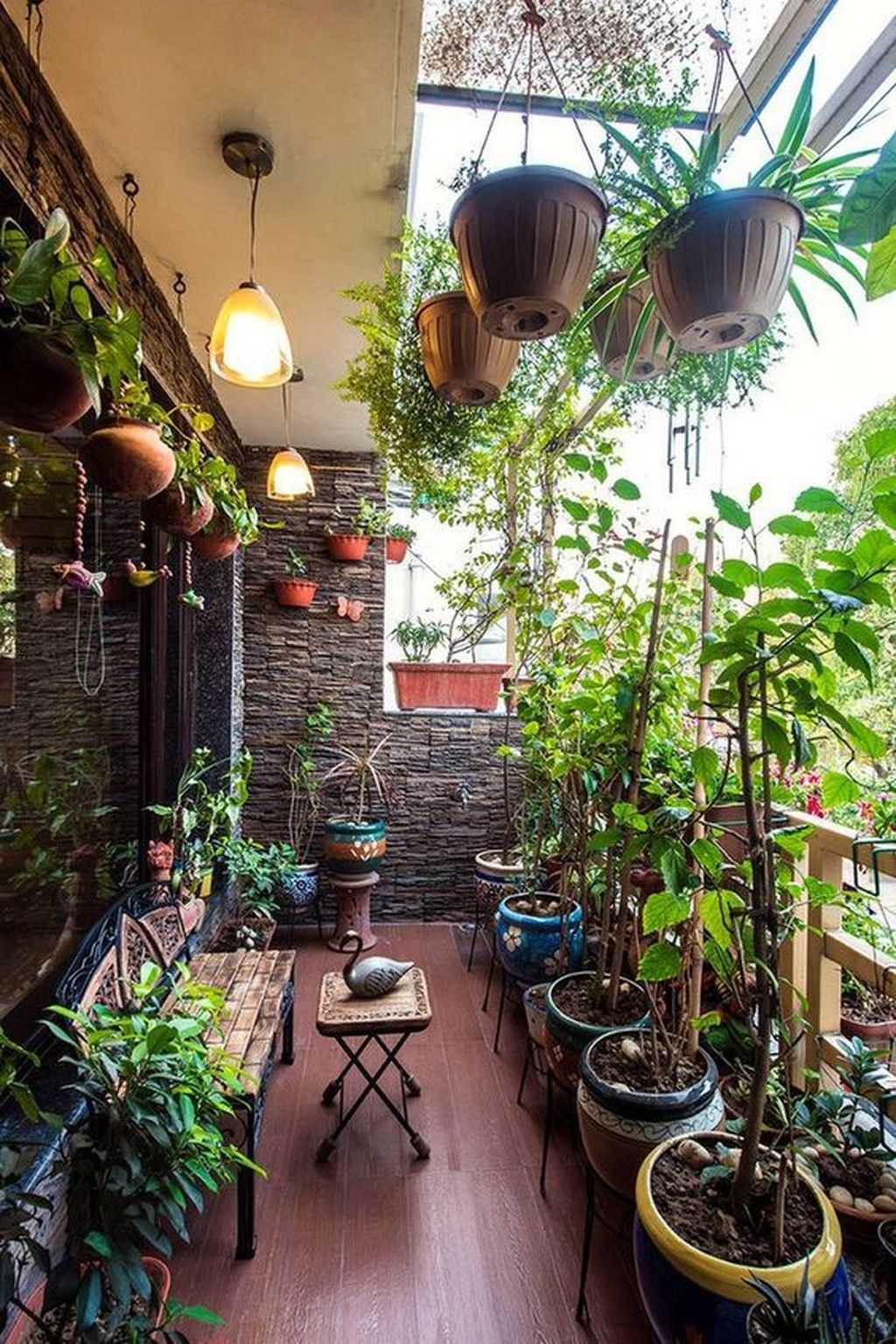 Inspiring Summer Apartment Balcony Decoration Ideas 01