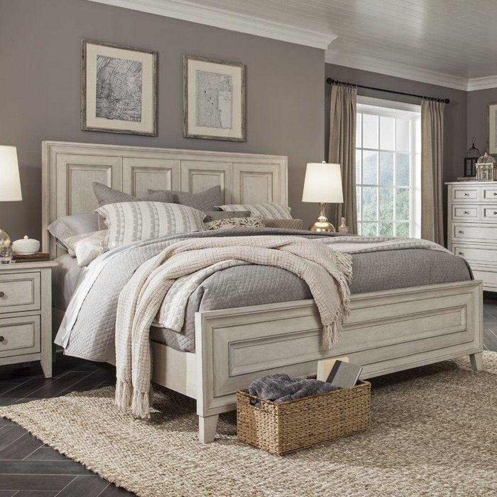 Inspiring Traditional Bedroom Decor Ideas 16