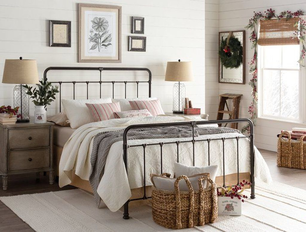 Inspiring Traditional Bedroom Decor Ideas 20