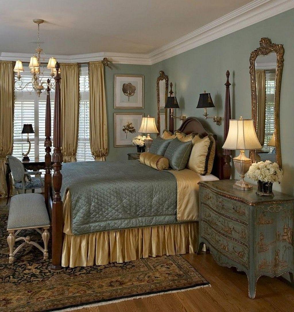 Inspiring Traditional Bedroom Decor Ideas 28