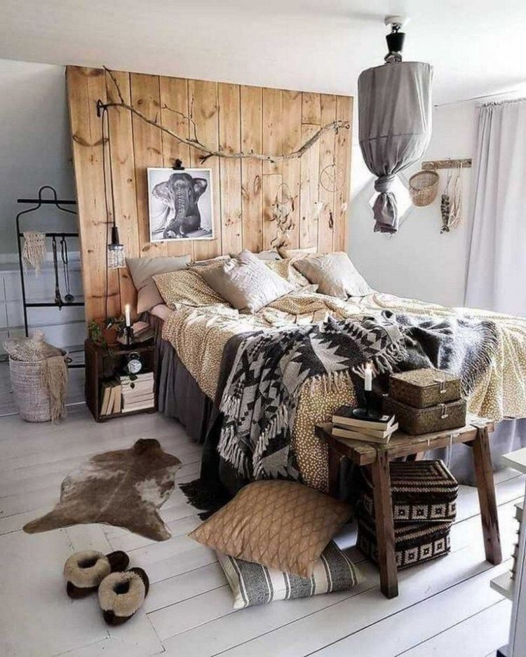 Lovely Eclectic Bedroom Decor Ideas 01 Magzhouse