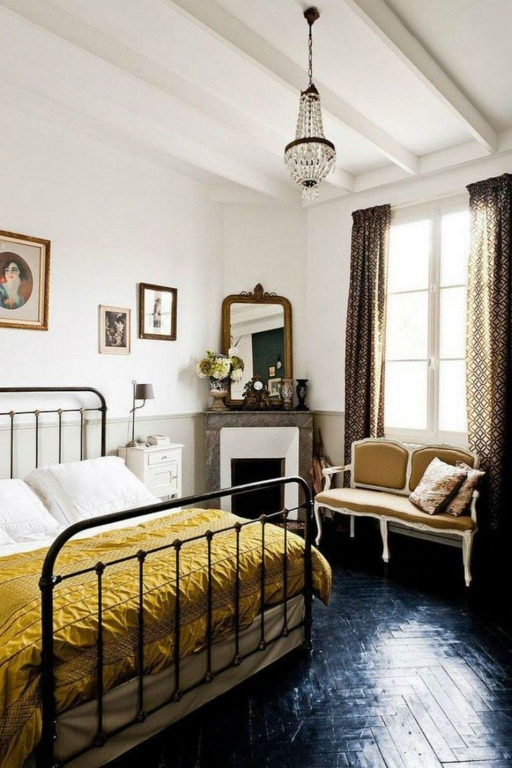 Lovely Eclectic Bedroom Decor Ideas 31