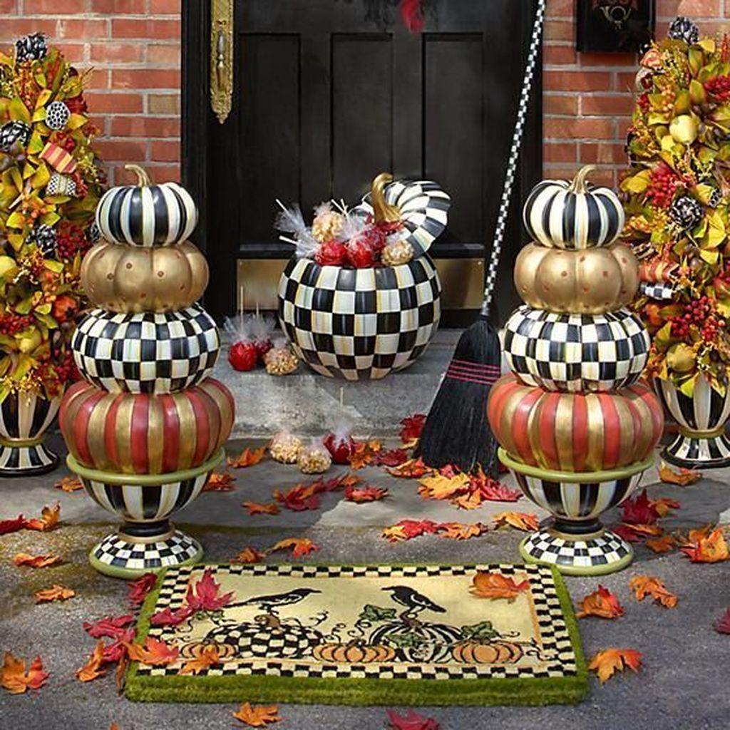 Lovely Fall Pumpkin Decor Ideas 20