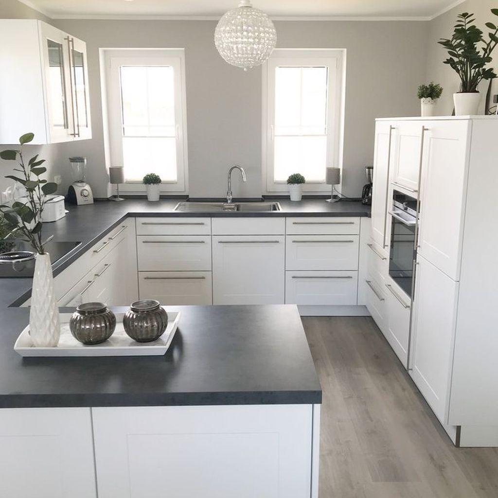 Lovely Grey White Kitchen Design Ideas 20