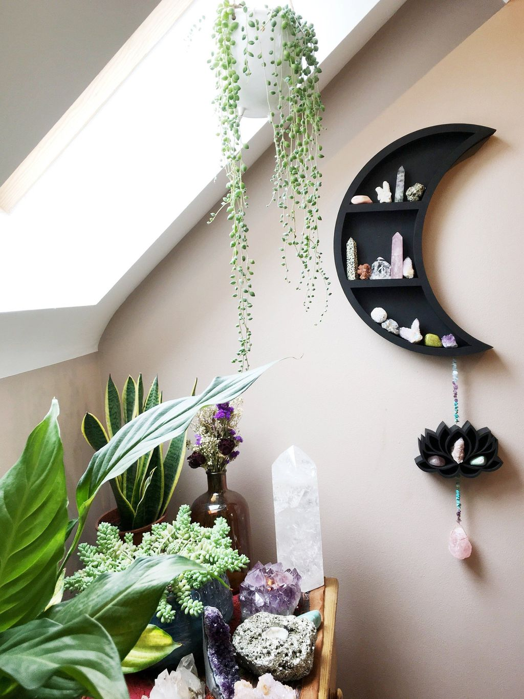Lovely Moon Decor Ideas For Beautiful Home Decoration 01