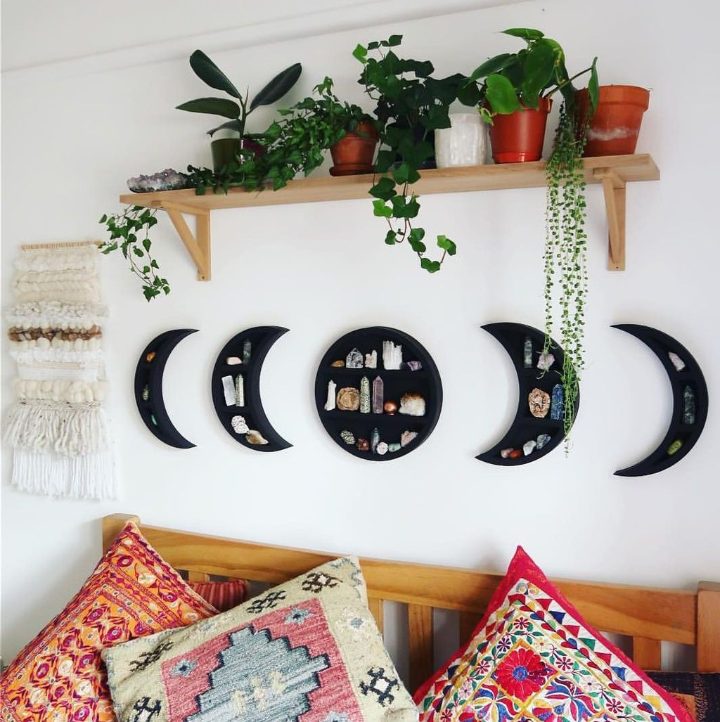 Lovely Moon Decor Ideas For Beautiful Home Decoration 05