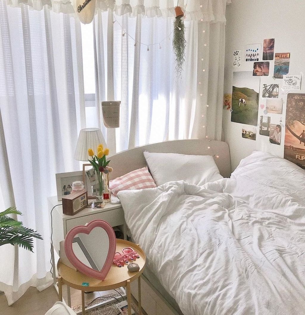 Lovely Moon Decor Ideas For Beautiful Home Decoration 20