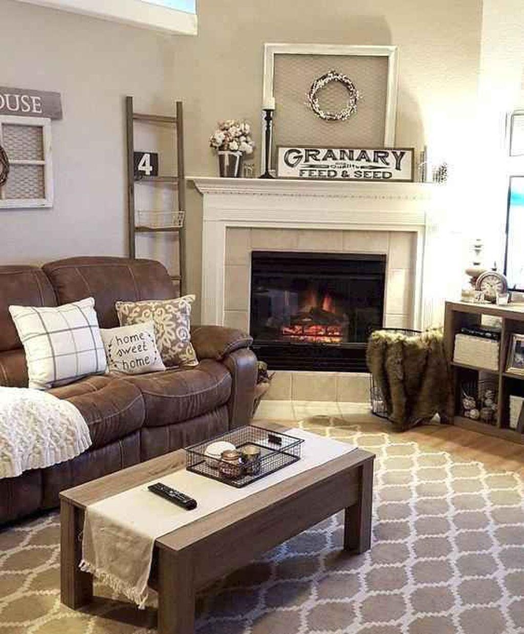 Nice Boho Farmhouse Design Ideas For Your Living Room Decoration 30