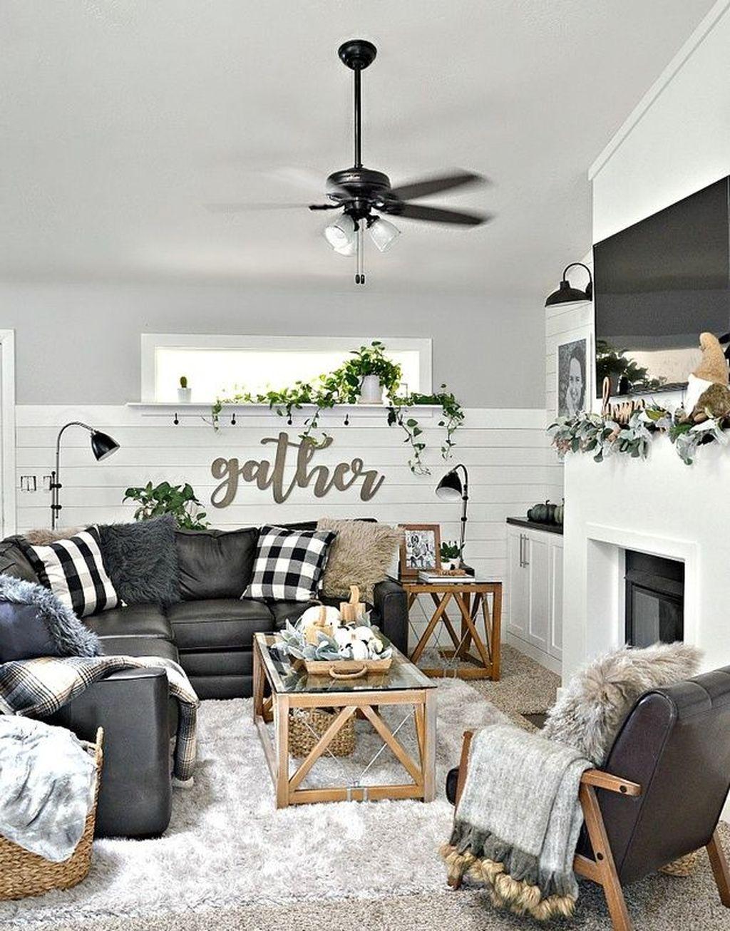 Nice Boho Farmhouse Design Ideas For Your Living Room Decoration 34
