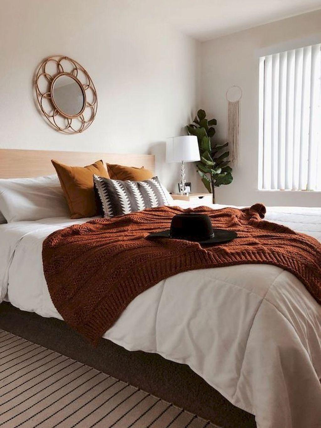 Nice Fall Bedroom Decor Ideas 26