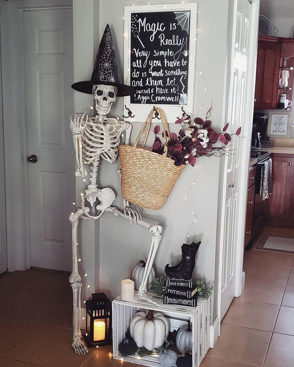 Nice Spooky Halloween Decoration Ideas 20