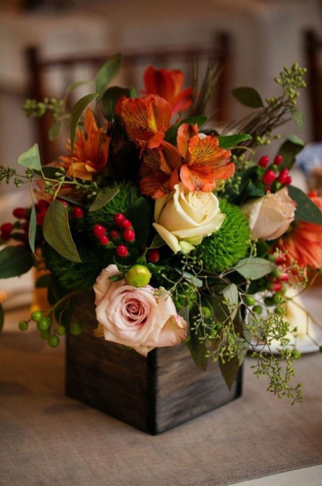 Nice Thanksgiving Flower Arrangements Design Ideas 30