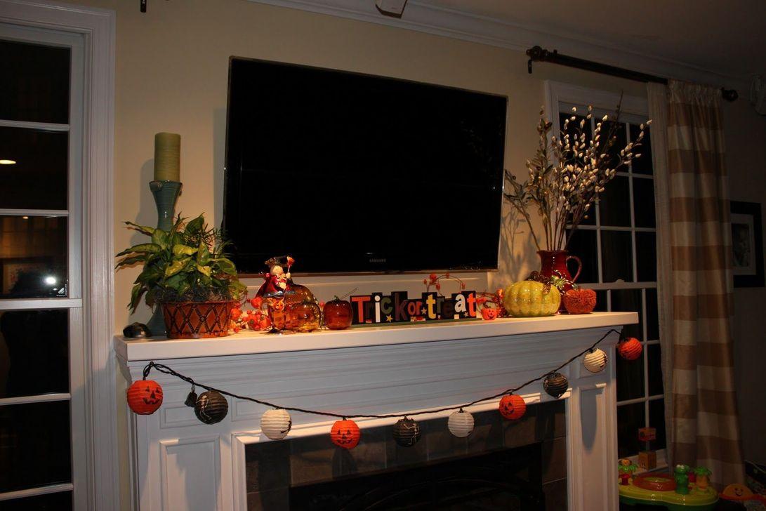 Popular Fall Fireplace Decoration Ideas 12