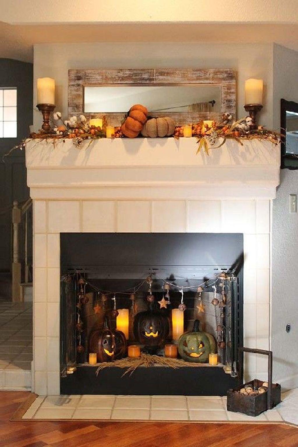 Popular Fall Fireplace Decoration Ideas 17